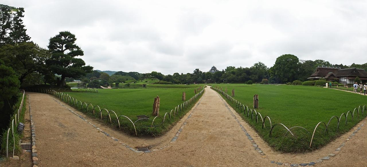 s-20150821 後楽園曇天の今日の園内ワイド風景 (1)