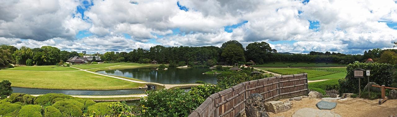 s-20150910 後楽園唯心山頂上から眺めた今日の園内ワイド風景 (1)