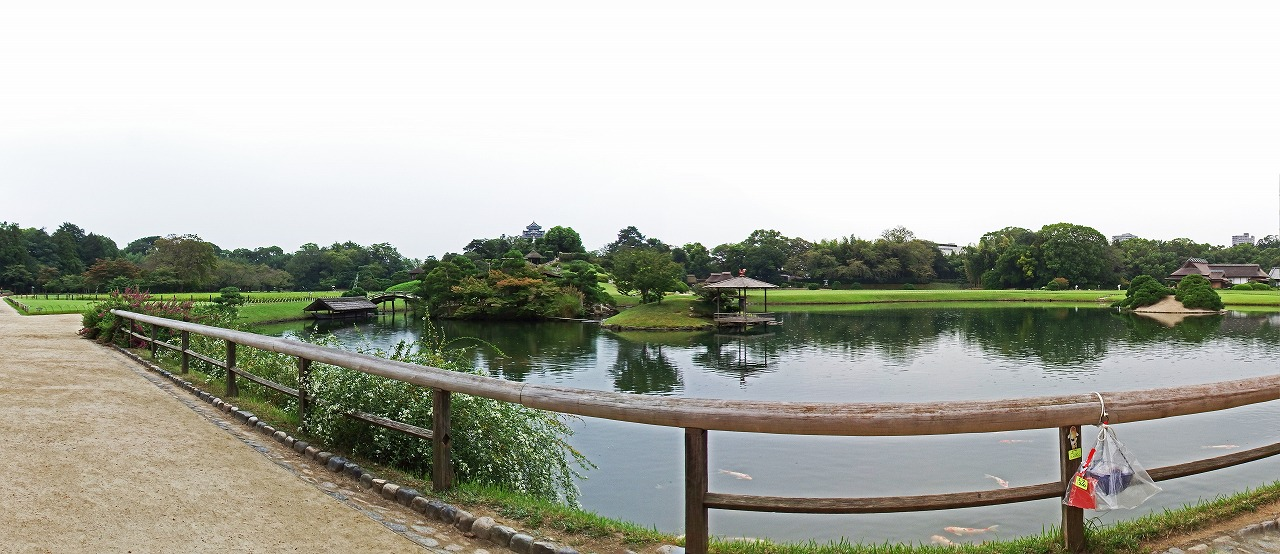 s-20150916 後楽園今日の園内慈眼堂付近から眺めたワイド風景 (1)