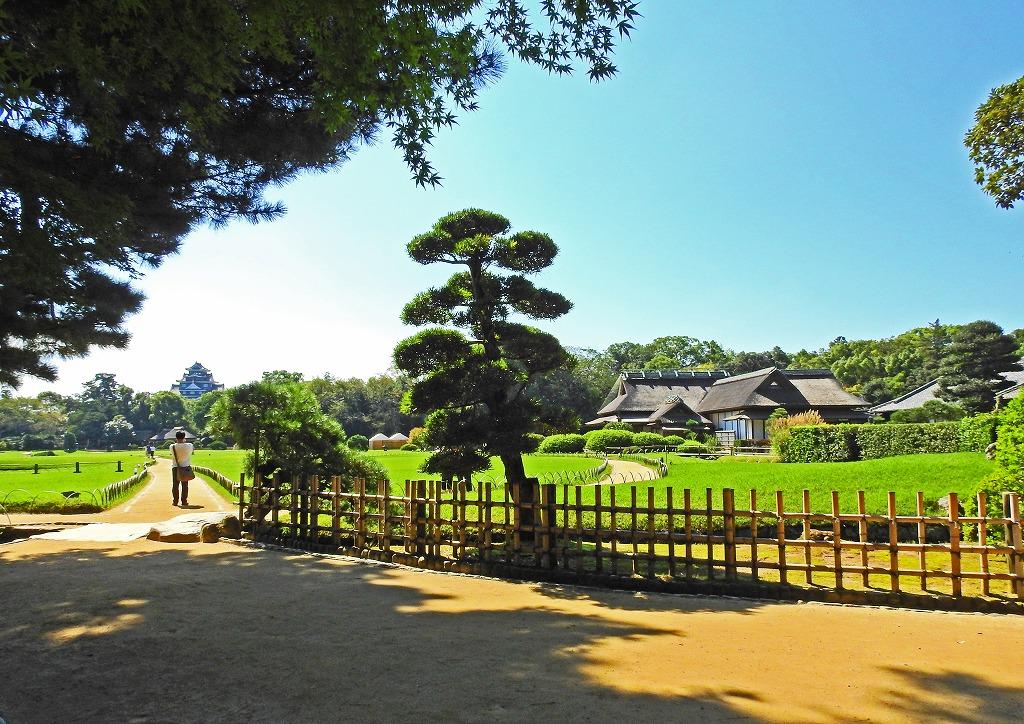 s-20150927 後楽園今日の園内入口付近から眺めた風景 (1)