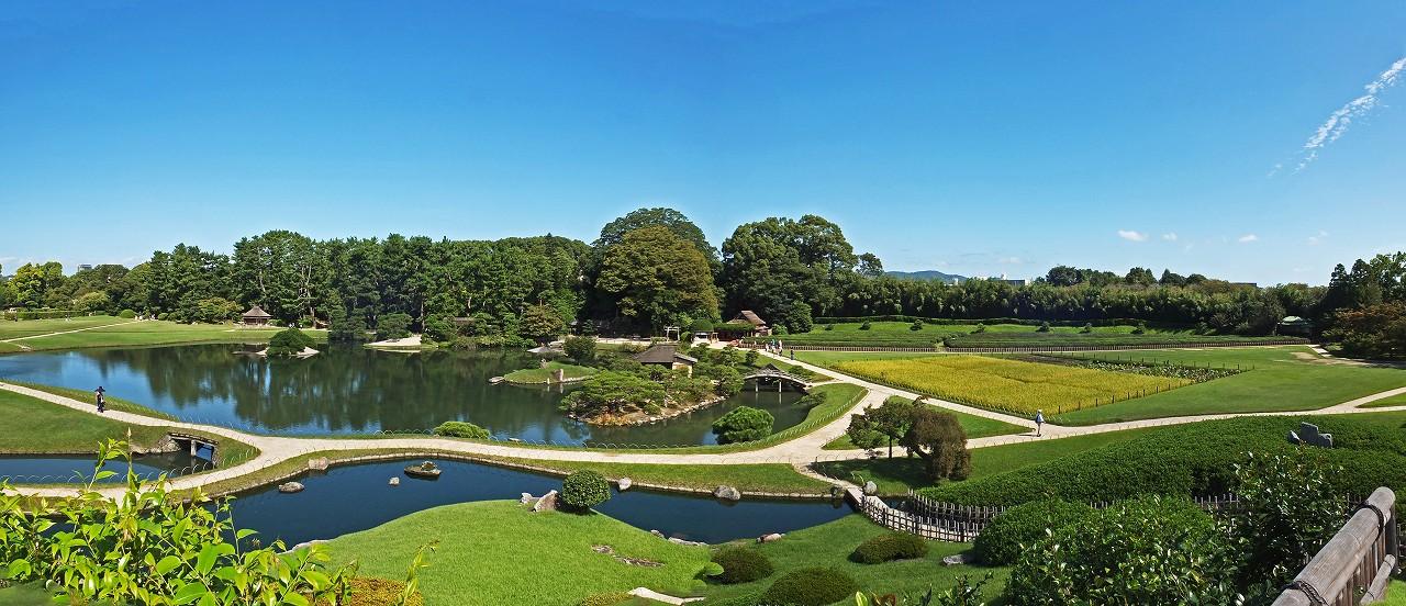 s-20151002 後楽園今日の唯心山頂上から眺めた沢の池と井田のワイド風景 (1)
