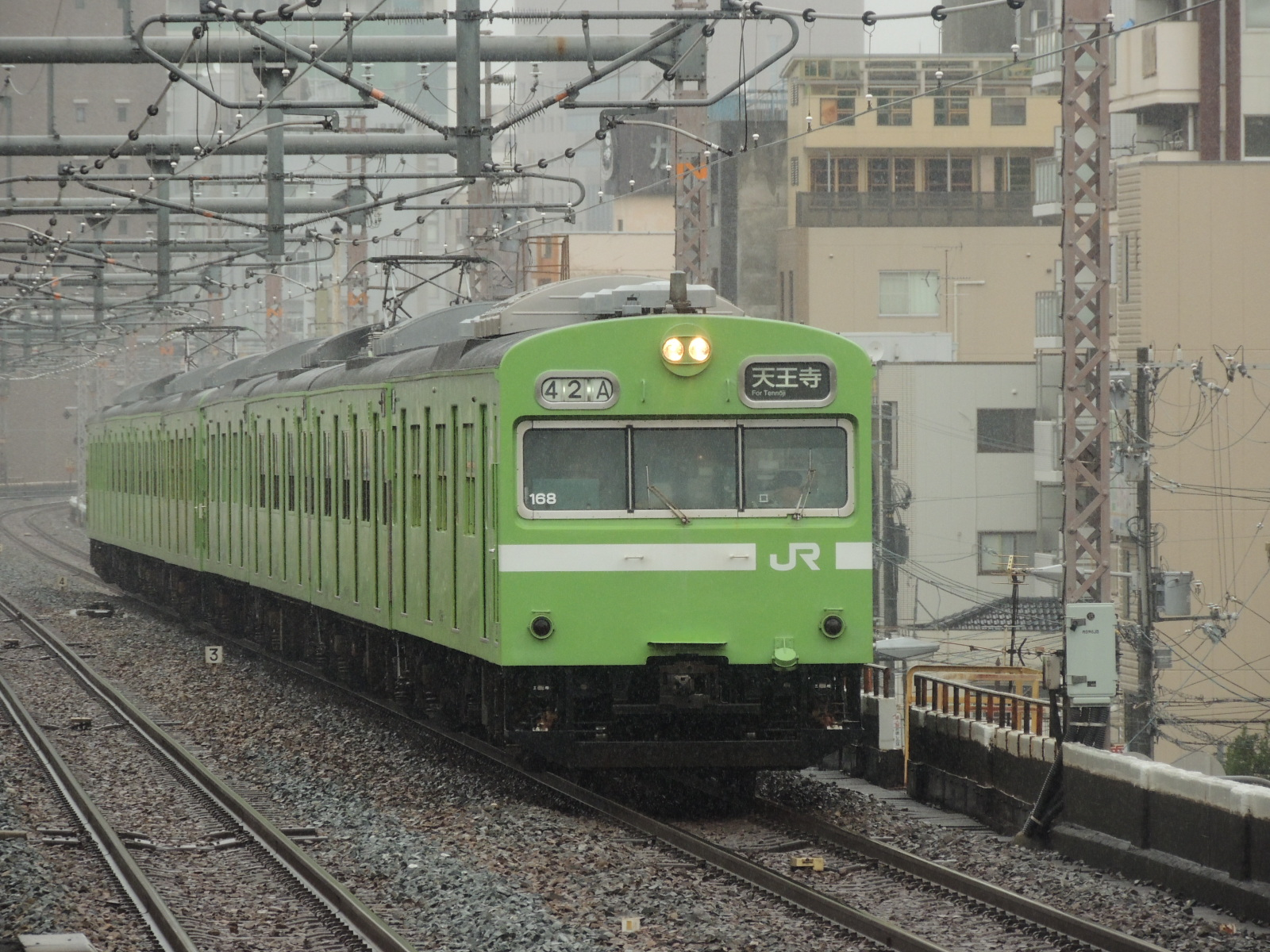 103系ナラ車42A+51A天王寺行き 鶴橋 (3)