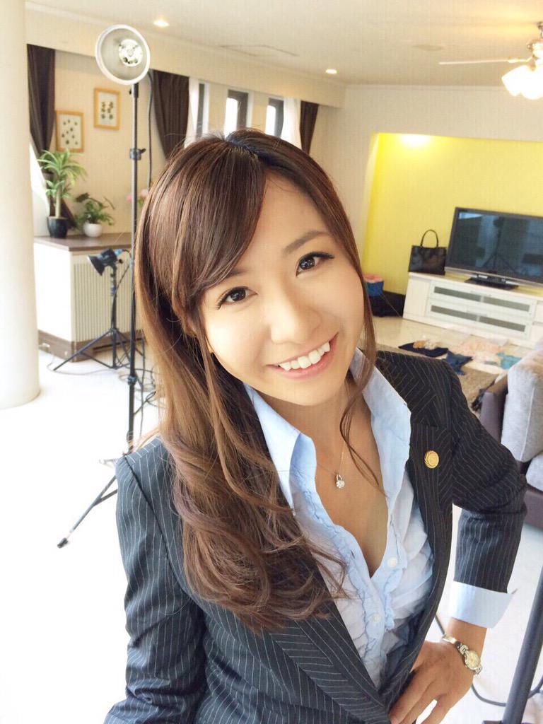 国際弁護士恥辱の審判Marin002