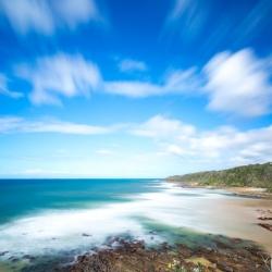 海と空と海岸