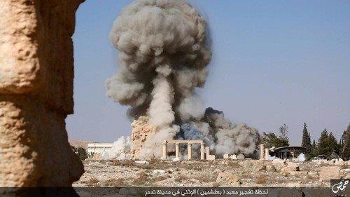 20150826パルミラ神殿破壊の画像、ISが公開