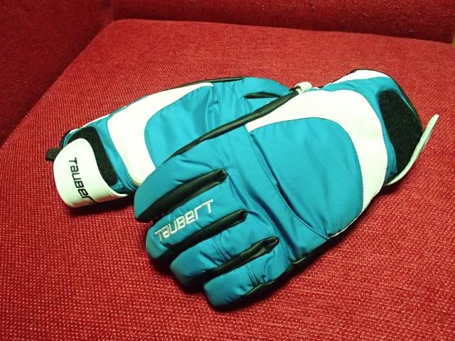 15_glove-1