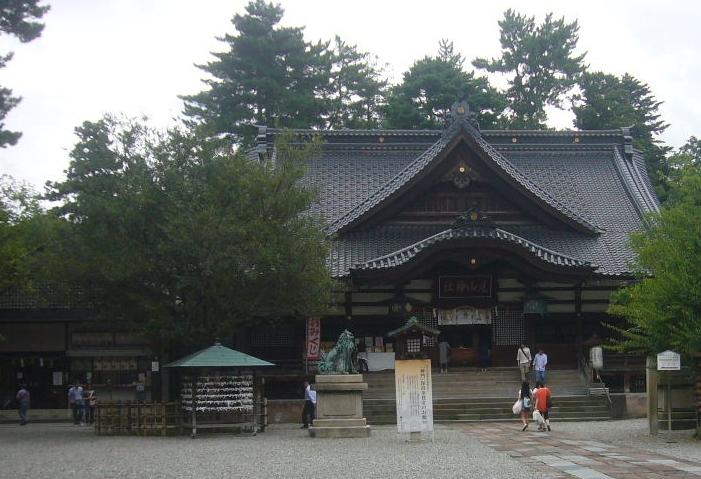 尾山神社境内 H27.8.31