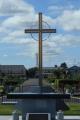 中央の十字架