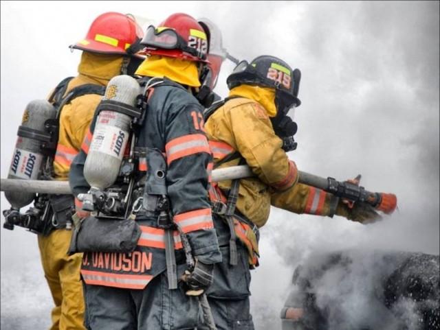 5 最新の消防服