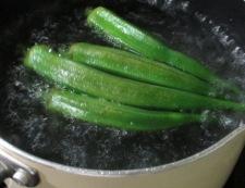 なめことオクラの中華スープ 調理②