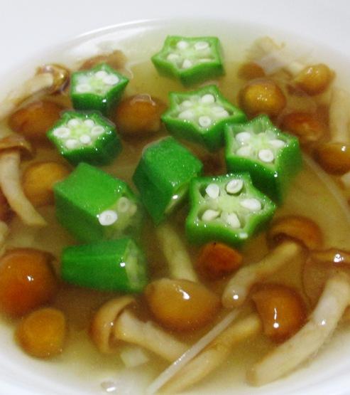 なめことオクラの中華スープ 大