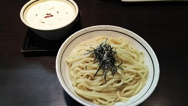 晴ればれ_白カレークリームつけ麺01