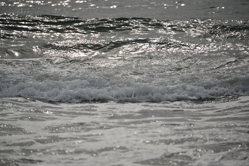 寄せる波-1