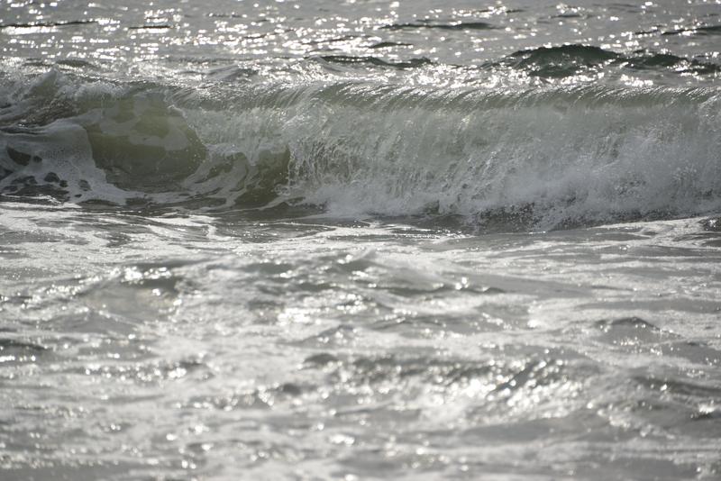 寄せる波-2
