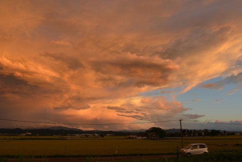 台風の夕焼雲-2