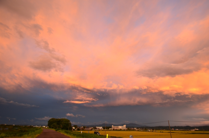 台風の夕焼雲-3