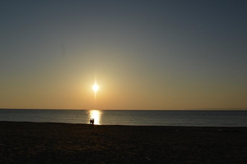 夕暮れ時の海岸-4