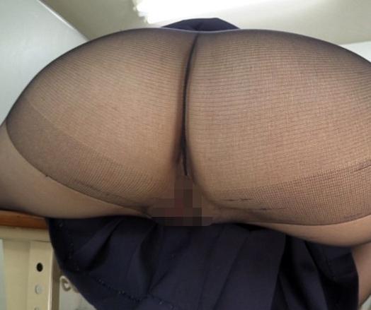 卑猥な黒パンスト女子校生のムチムチ太腿コキでイクの脚フェチDVD画像1