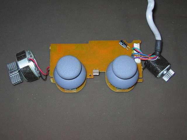 PS プレイステーションコントローラー DUALSHOCK デュアルショック SCPH-110 エメラルド メンテナンス、組立作業 スティックコントローラーにアナログスティック取り付け