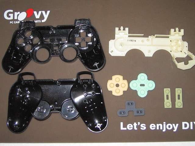PS2 プレイステーション2 コントローラー DUALSHOCK 2 デュアルショック2 SCPH-10010 メンテナンス、クリーニング作業 使い古した歯ブラシを使ってプラスチックカバーとラバーパッドを水洗い