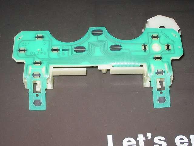 PS2 プレイステーション2 コントローラー DUALSHOCK 2 デュアルショック2 SCPH-10010 メンテナンス、分解作業 L・R ボタン側のフレキシブル基板を取り外したところ