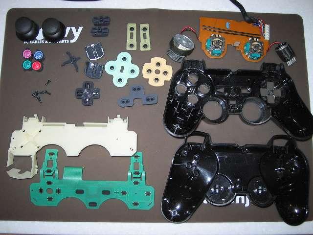 PS2 プレイステーション2 コントローラー DUALSHOCK 2 デュアルショック2 SCPH-10010 メンテナンス、分解作業 コントローラーのすべての部品パーツを取り外し完了
