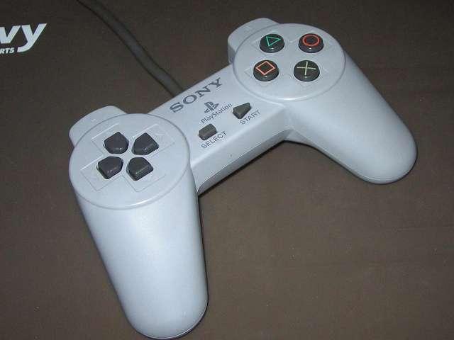 PS プレイステーションコントローラー PlayStation Controller SCPH-1080 メンテナンス、組立作業 組立完了、各種ボタン、スティック操作をして感触をチェックする