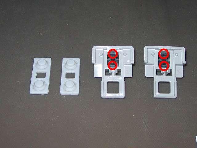 PS プレイステーションコントローラー PlayStation Controller SCPH-1080 メンテナンス、分解作業  L・R ボタン固定用ガイドからラバーパッドを取り外し、L1・R1 ボタンもツメの部分をつかんで押し出すことで取り外し可能