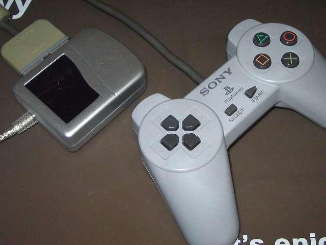 PS プレイステーションコントローラー PlayStation Controller SCPH-1080 メンテナンス後、USB ゲームパッドコンバータ JC-PS101UBK にコントローラー接続