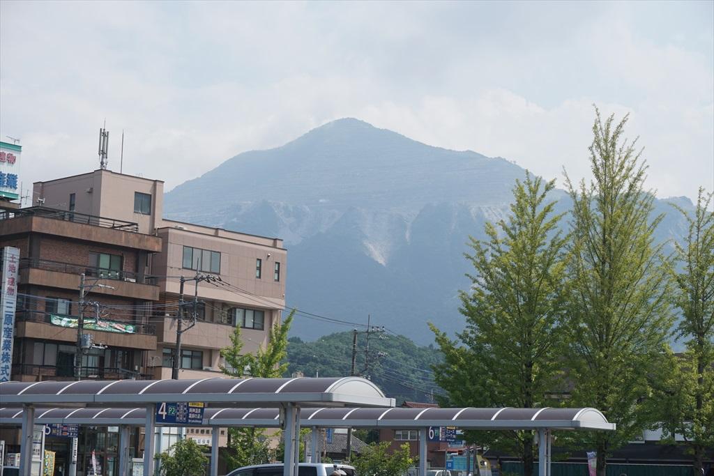 武甲山が見え出した