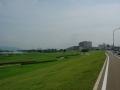 150829淀川を遡上、関西医大が見えて来た