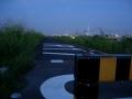 150904鳥飼大橋北詰から堤防に入る