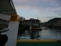 150921駅前渡船で向島に渡る