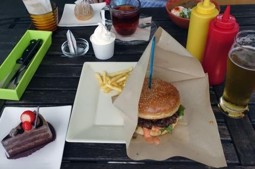 hamburgerandcakegaoisi2.jpg