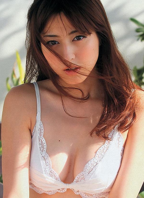 【杉本有美】
