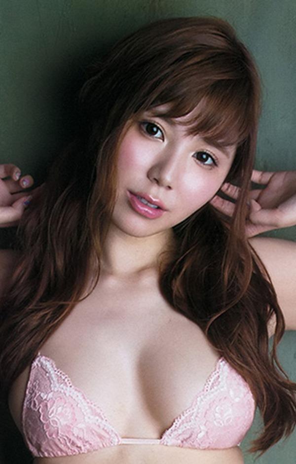 【金子栞(元SKE48)】