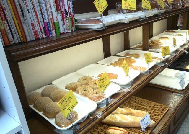 惣菜パン・菓子パン豊富