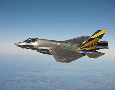 F35ステルス戦闘機ライトニング