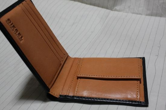 ディーゼルの財布2