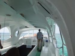 ブセナ海中公園のグラスボート