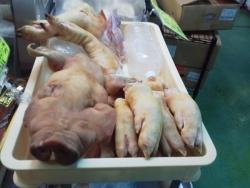 第一牧志公設市場 豚