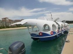 ブセナ海中公園のグラスボート Photo by Nokko