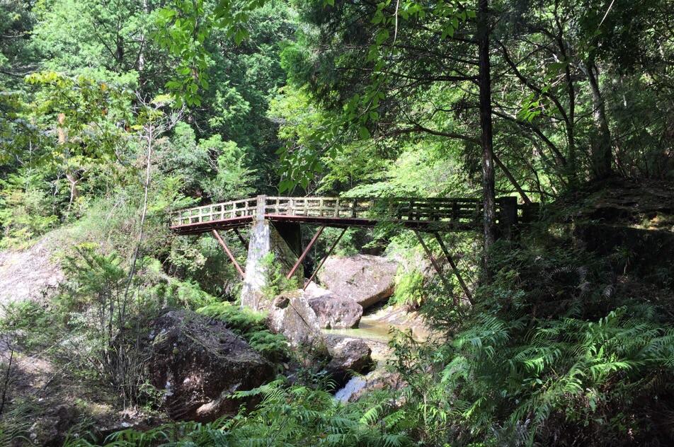 フレブル ハイキング 秘境 渓谷 5