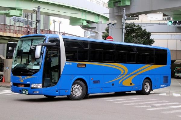 神戸200か4493 M1502