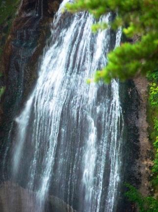 モーカケの滝_その2