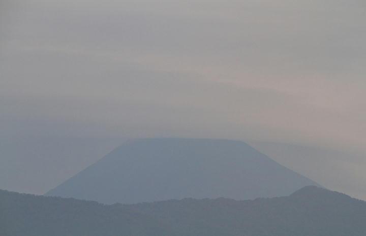 9月3日 6-19 今朝の富士山-1