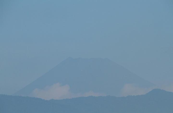 9月5日 6-45 今朝の富士山-1