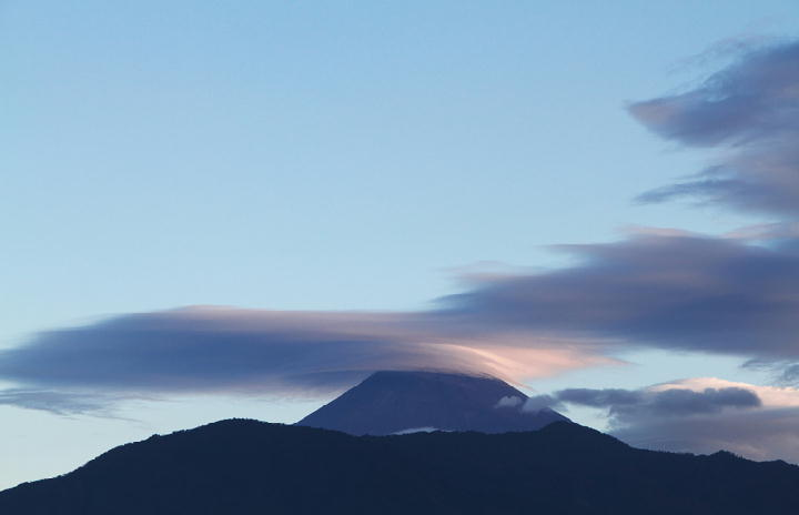 9月10日 6-07 今朝の富士山-1
