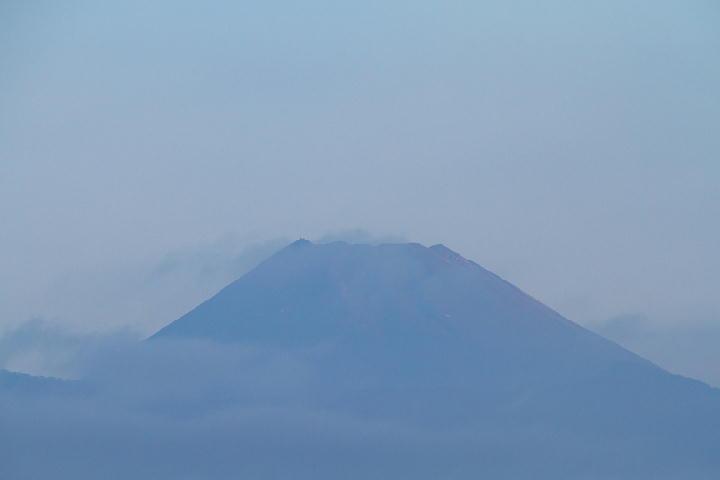 9月11日 5-54 今朝の富士山-1