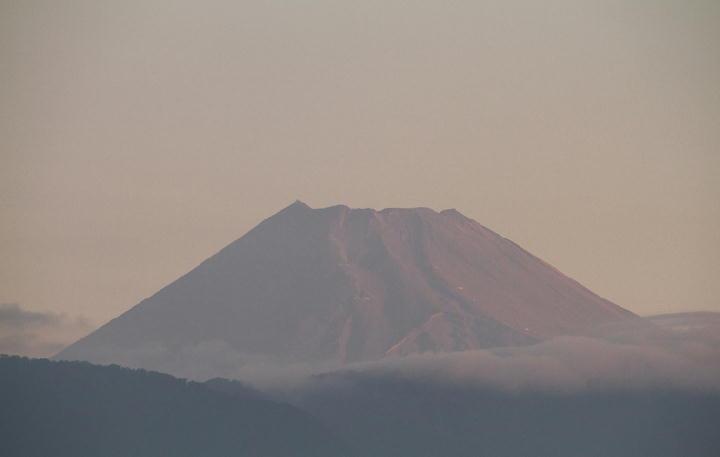 9月12日 5-41 今朝の富士山-1